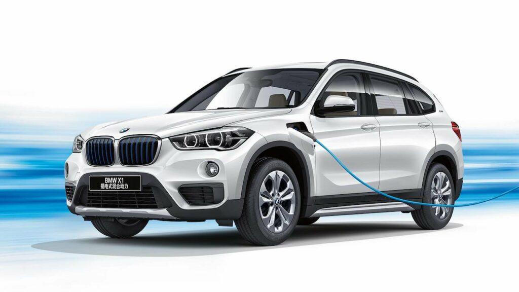 Компания BMW представила свой самый экономичный гибрид