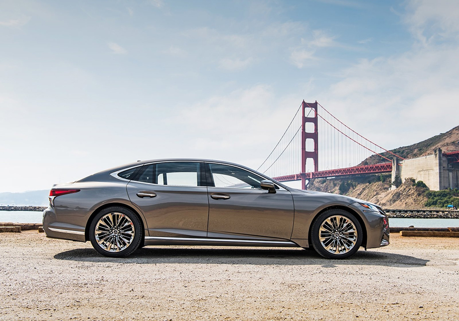 Lexus объявила российские цены на новое поколение седана Lexus LS