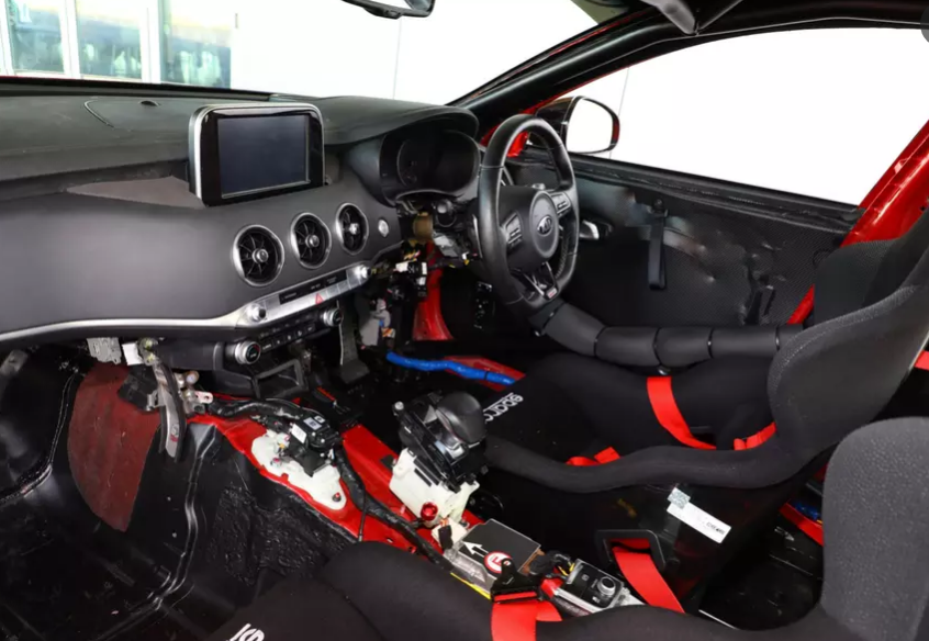 Kia выпустила экстремальный вариант Kia Stinger