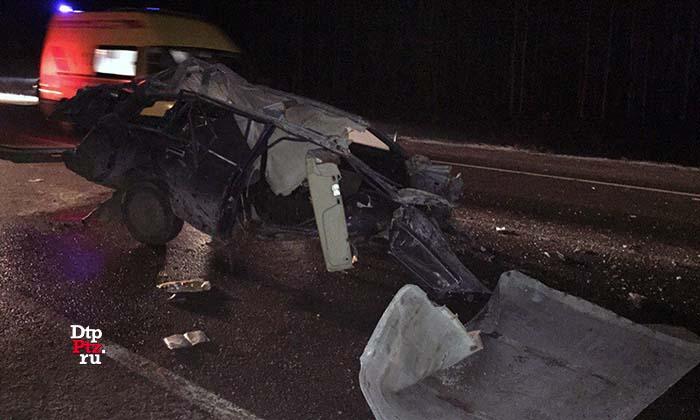На трассе «Кола» произошло ДТП трех легковушек: трое пострадавших