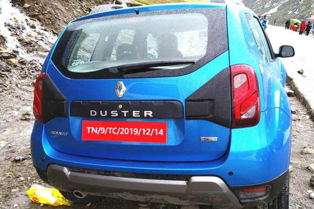 Появились первые снимки нового Renault Duster без камуфляжа