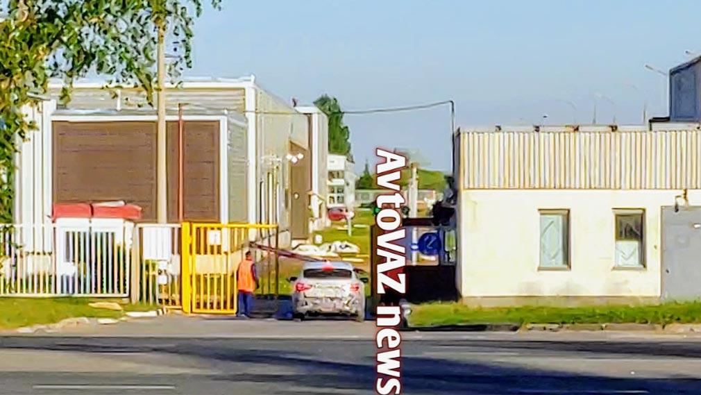 Прототип обновленного универсала Lada Vesta заметили на тестах