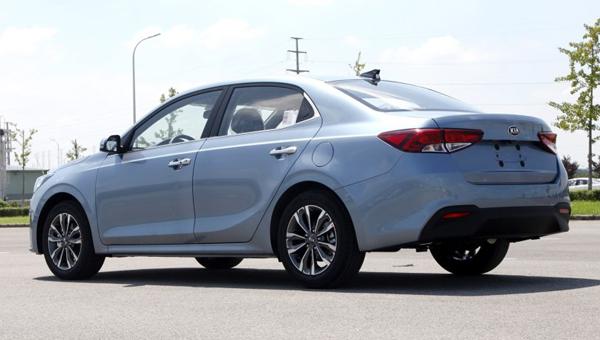 Стартовали продажи седана KIA Forte новой генерации для Китая