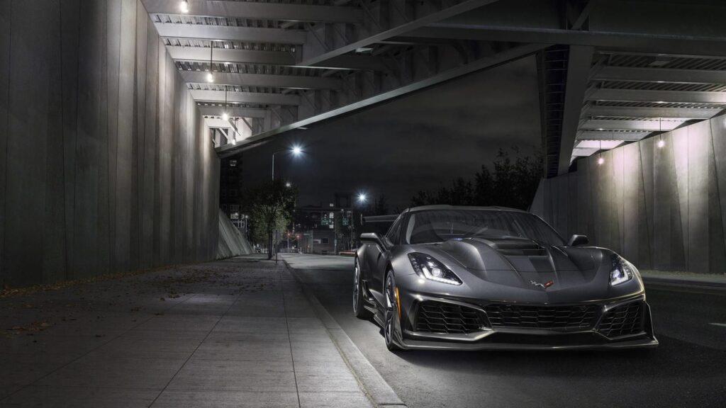Chevrolet рассекретила купе Corvette ZR1 с сумасшедшей динамикой