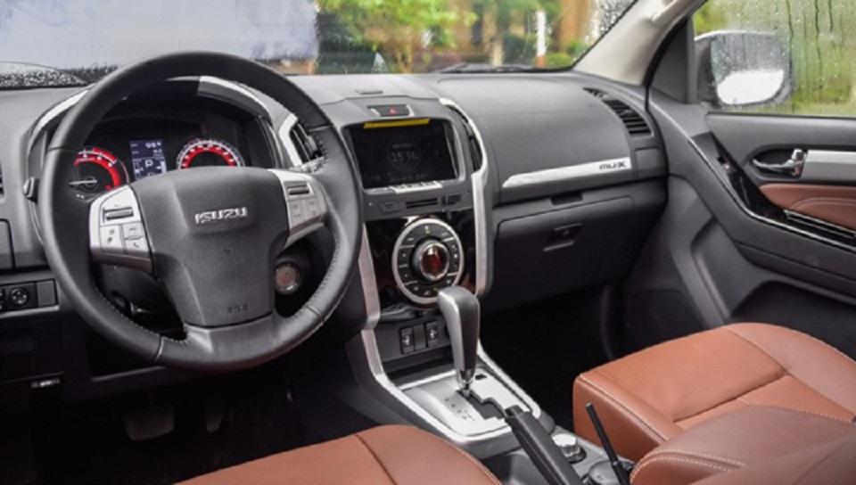 Isuzu начала продажи обновленного внедорожника Isuzu MU-X 2018
