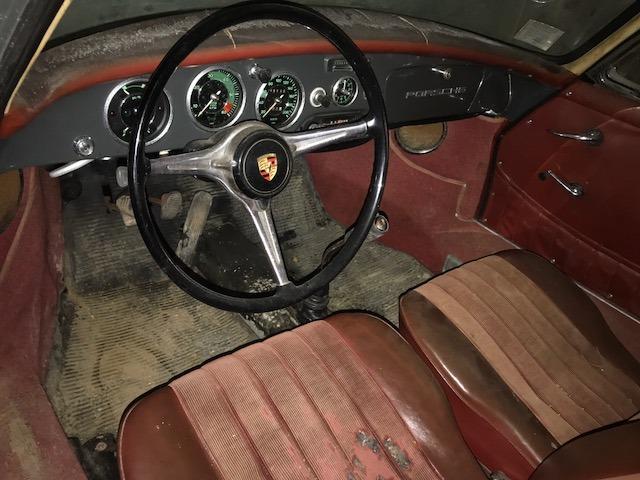 Забытый на 40 лет в гараже ретрокар Porsche 356B выставлен на продажу