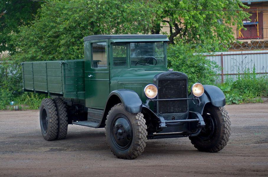 Грузовик ЗиС-5 времен Второй мировой продают по цене 2,1 млн рублей