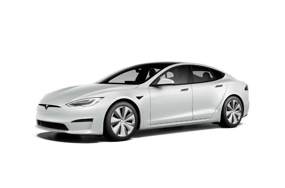 Tesla представила улучшенный электрический седан Model S