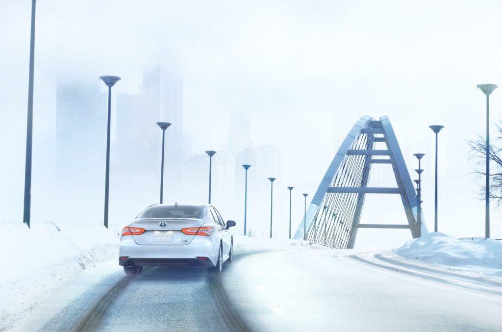 Toyota показала полноприводную версию седана Toyota Camry