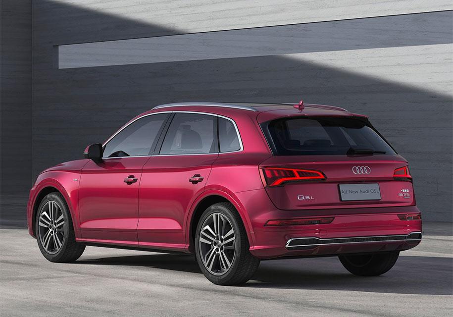В Пекине состоялась презентация удлиненной версии кроссовера Audi Q5 L