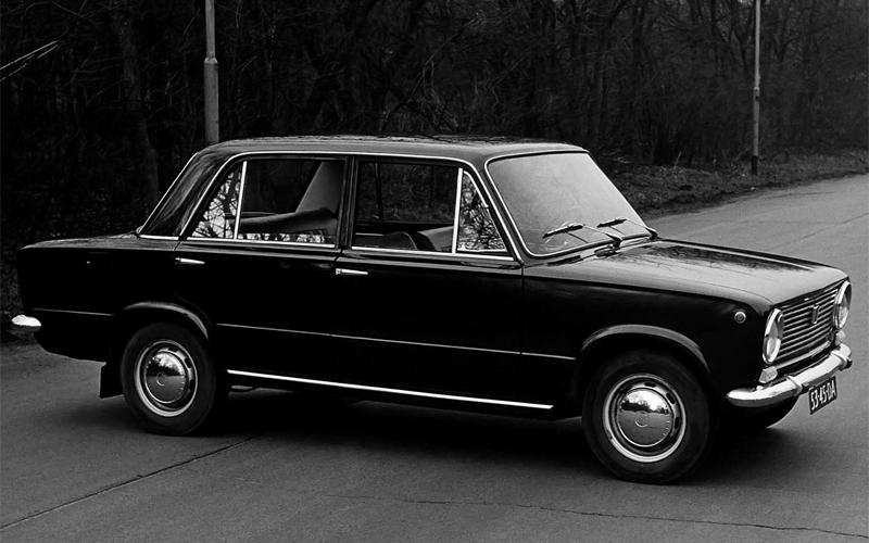 Эксперты назвали топ-5 самых продаваемых машин в истории РФ