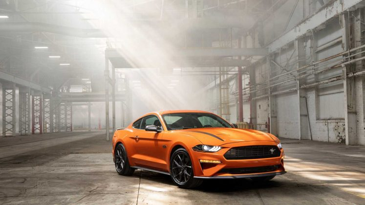 Ford представил новый Mustang 2.3L High Performance Package