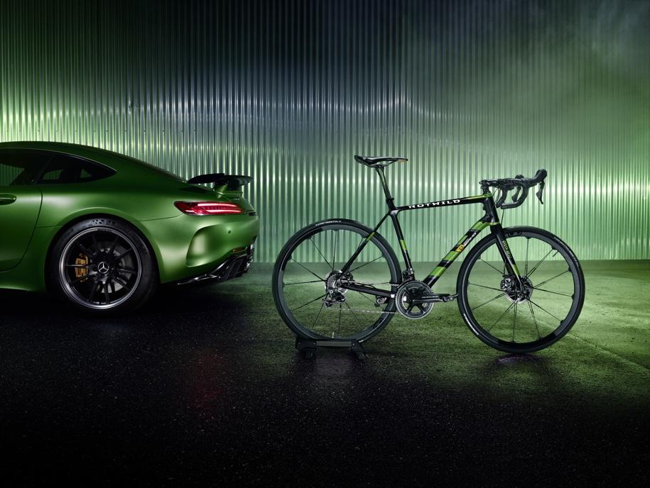 Mercedes-AMG построил спецверсию карбонового велосипеда за 500 00 рублей