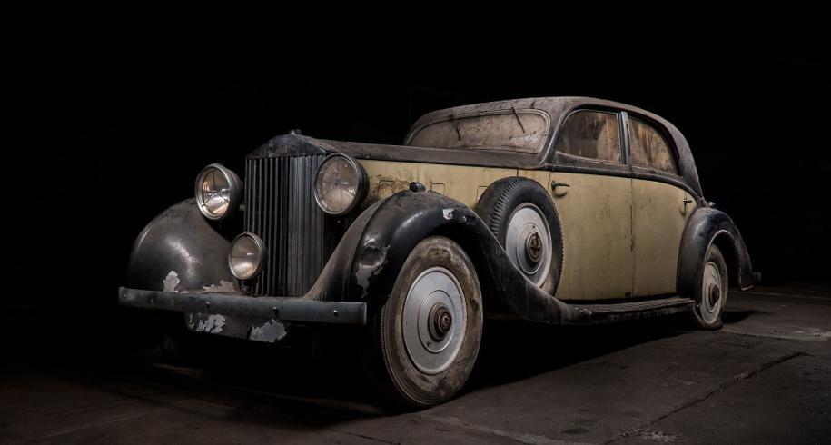 В Нью-Йорке обнаружили три заброшенные машины полувековой давности