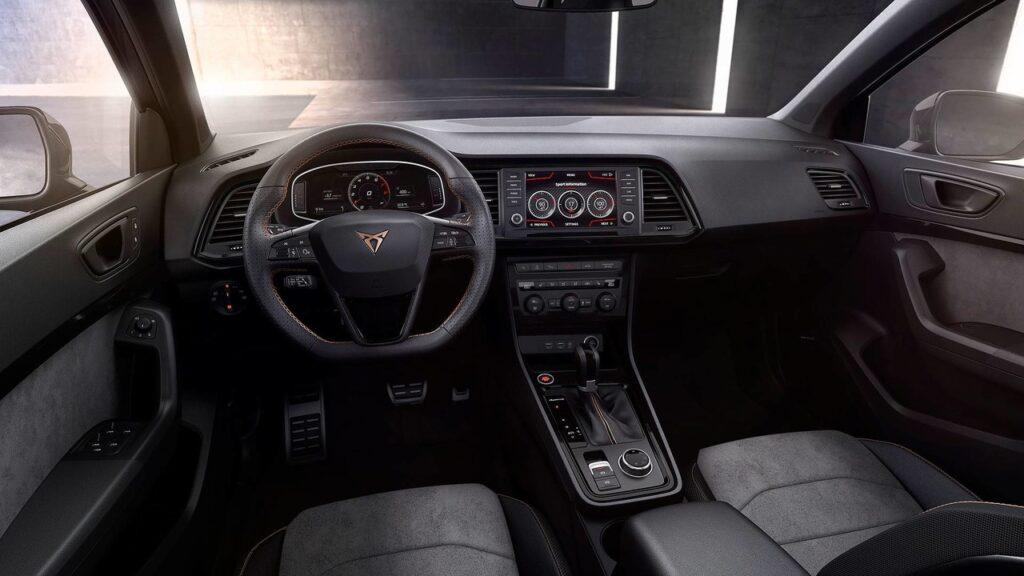 300-сильный «заряженный» кроссовер под новым брендом представила Seat