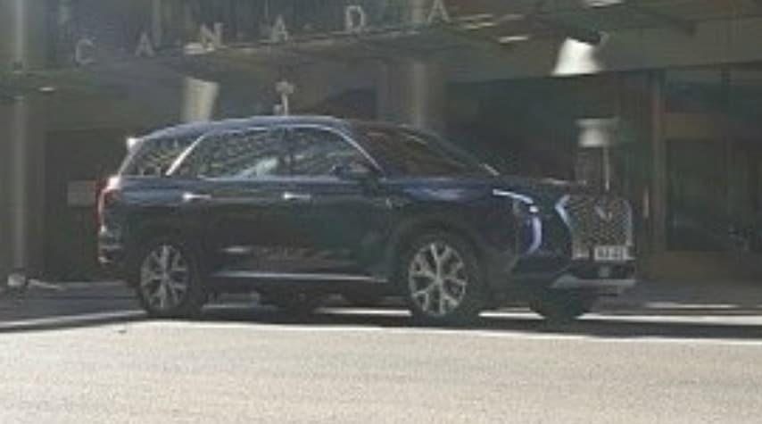 Большой кроссовер Hyundai рассекретили за неделю до премьеры