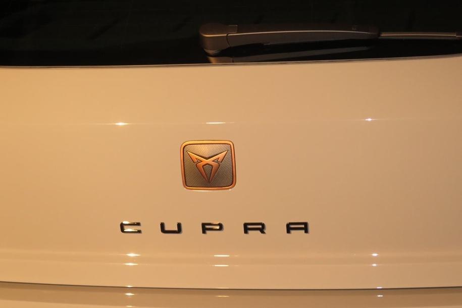 На фото рассекретили первый хот-хэтч Ibiza отдельного бренда Cupra от Seat