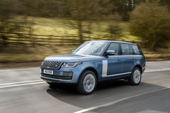 В России начались продажи новой спецсерии внедорожника Range Rover