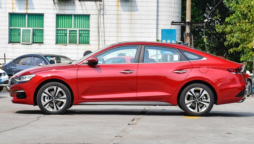 Новый Hyundai Sonata выйдет на рынок без традиционного рычага КПП