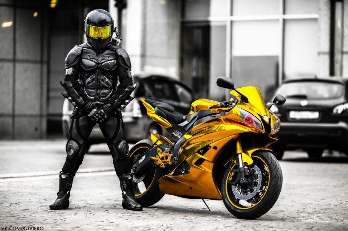Какая экипировка должна быть у каждого мотоциклиста
