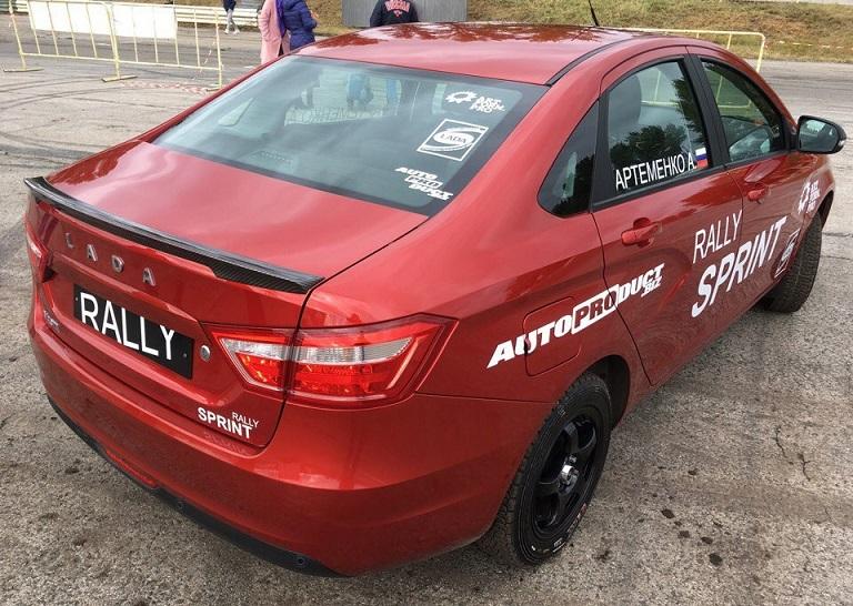 Lada Vesta получила кросс-версию Rally Sprint с независимой задней подвеской