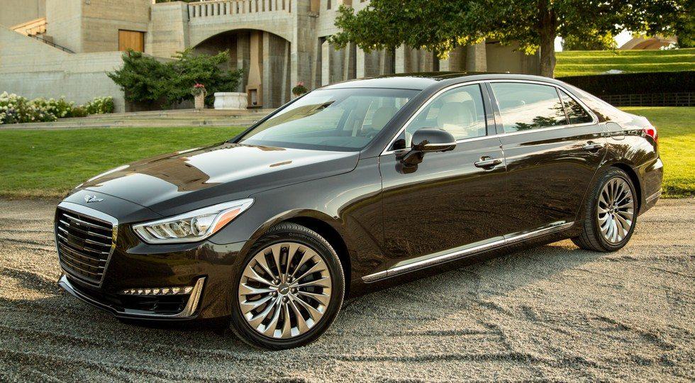На российском рынке с начала года продано более 600 автомобилей Genesis