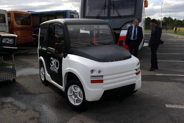 В России испытывают электрокар с 4 мотор-колёсами