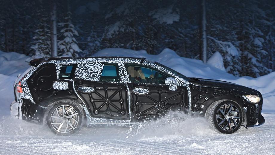 Новый универсал Volvo V60 2019 впервые замечен на зимних тестах