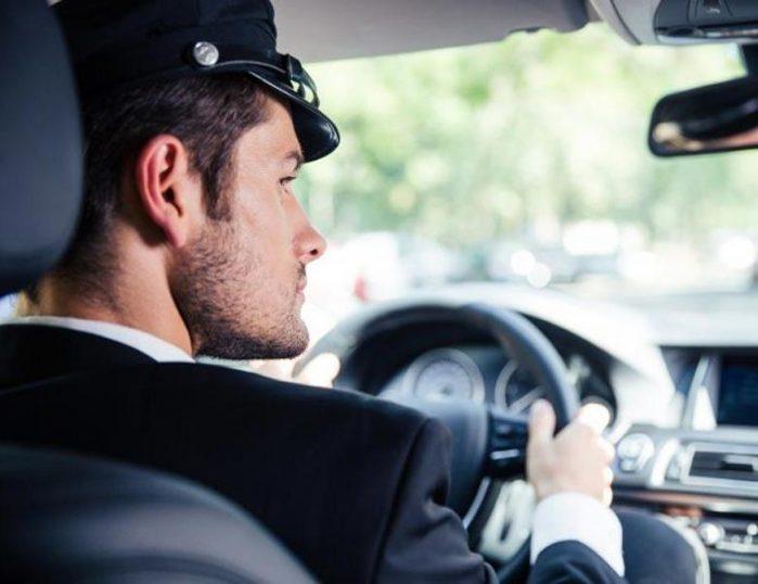 Прокат транспорта с водителем в Санкт-Петербурге