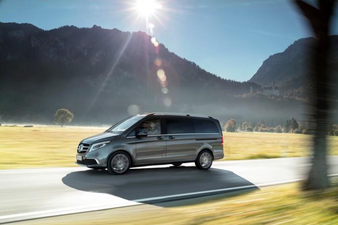 Обновленный Mercedes-Benz V-Класс стал доступен для заказа в России