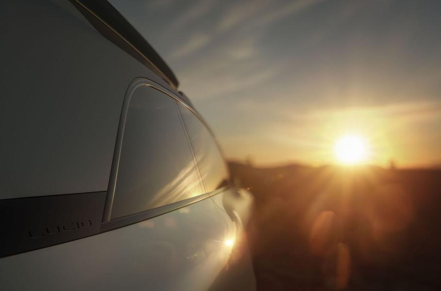 Трёхрядный кроссовер Lucid Gravity стартует в 2023 году