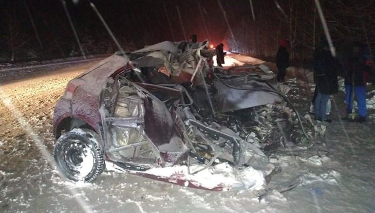 Водитель Toyota погиб в ДТП с автобусом в Томском районе