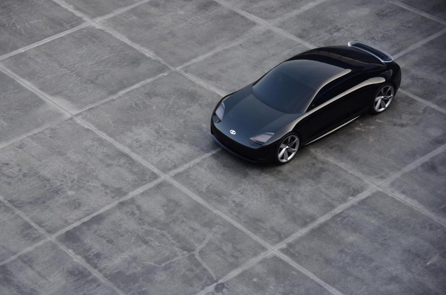 Hyundai представил концепт нового электромобиля Prophecy