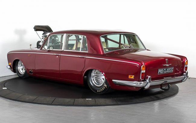 В Норвегии продают роскошный дрэгстер Rolls Royce Silver Shadow