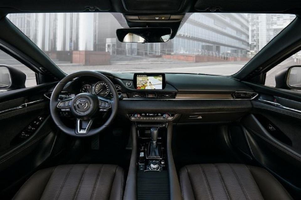 Mazda в Женеве представила обновленный универсал Mazda 6