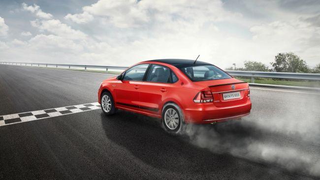 Компания Volkswagen представила новую версию Vento Sport