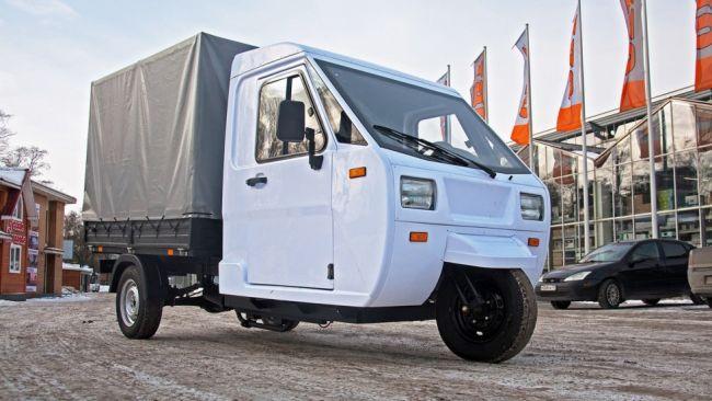 Компания АТК создала небольшой грузовичок-трицикл «Шмель»