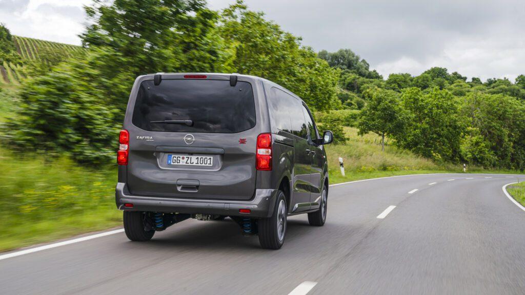 Opel Zafira Life получил полный привод от компании Dangel