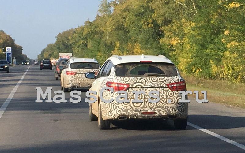 Спортивный универсал Lada Vesta SW Sport заснят на тестах