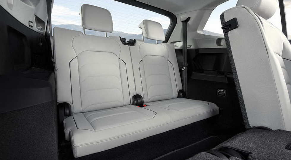 В Volkswagen назвали цены на семиместный кроссовер Tiguan AllSpace
