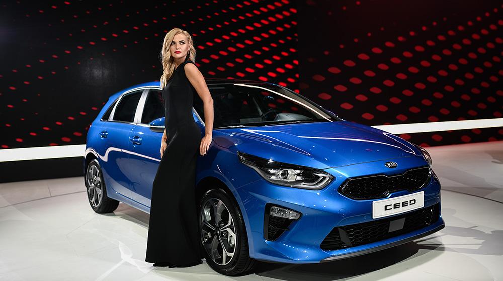 В России стартовали продажи нового хэтчбека Kia Ceed