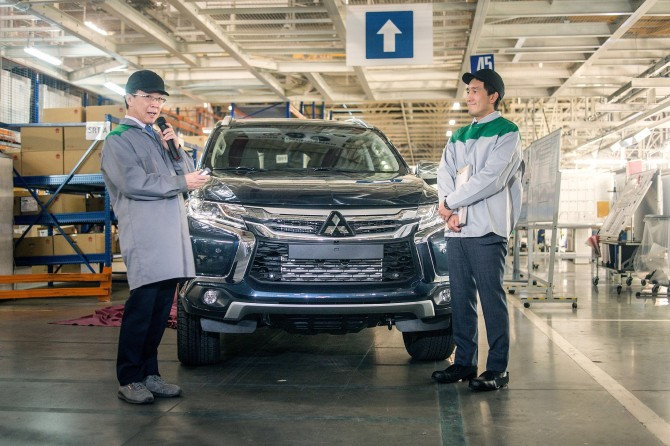 Mitsubishi в РФ возобновила производство внедорожника Pajero Sport