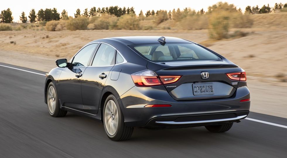 Honda представила новый серийный седан Honda Insight