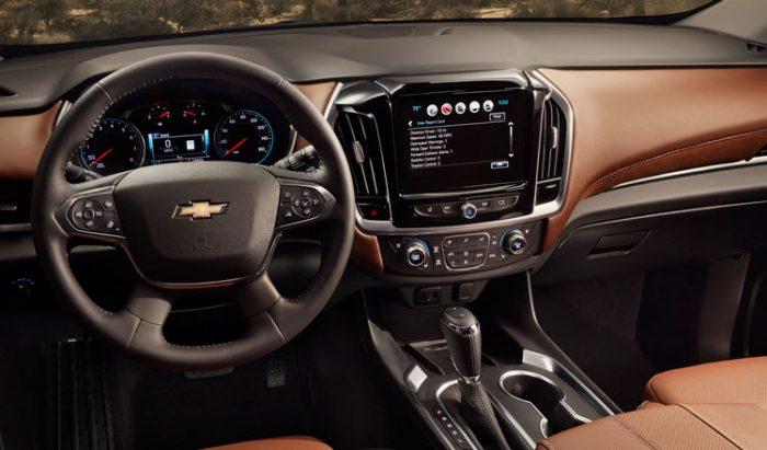 Chevrolet Traverse 2018 – современный просторный кроссовер