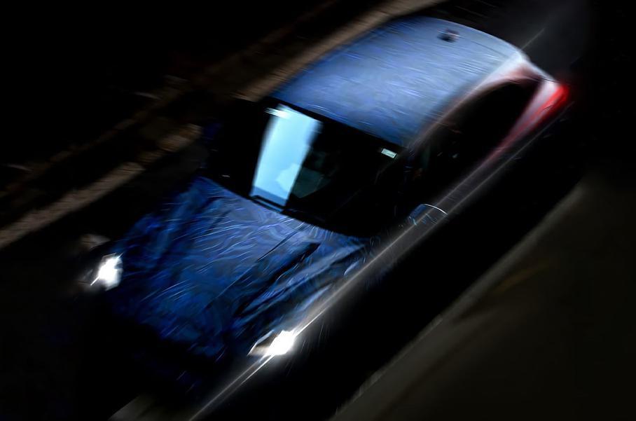 Бренд Maserati опубликовал первые тизеры нового кроссовера Grecale 2022 года