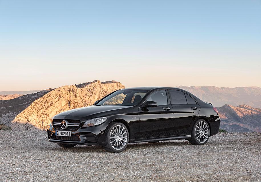 Универсал и седан Mercedes-AMG C 43 4Matic стали мощнее