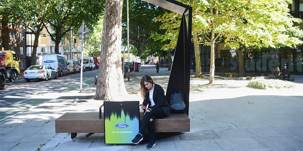 В Лондоне «Форд» установит «умные» скамейки - Ford Smart Benches