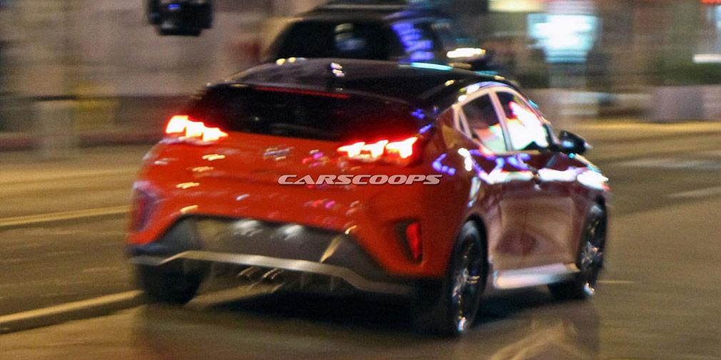 Внешность нового хэтчбека Hyundai Veloster рассекречена до премьеры