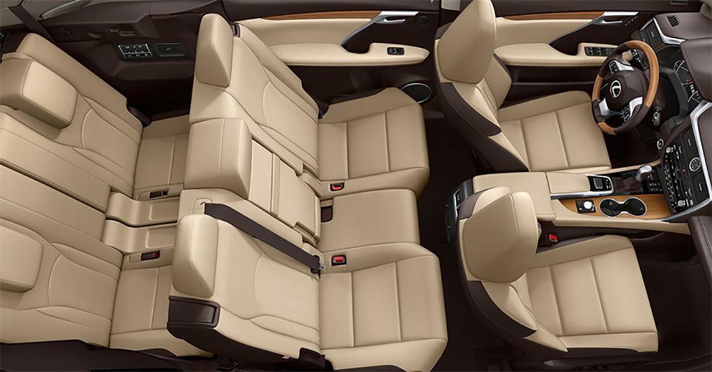 В России начались продажи нового семиместного кроссовера Lexus RX 350L