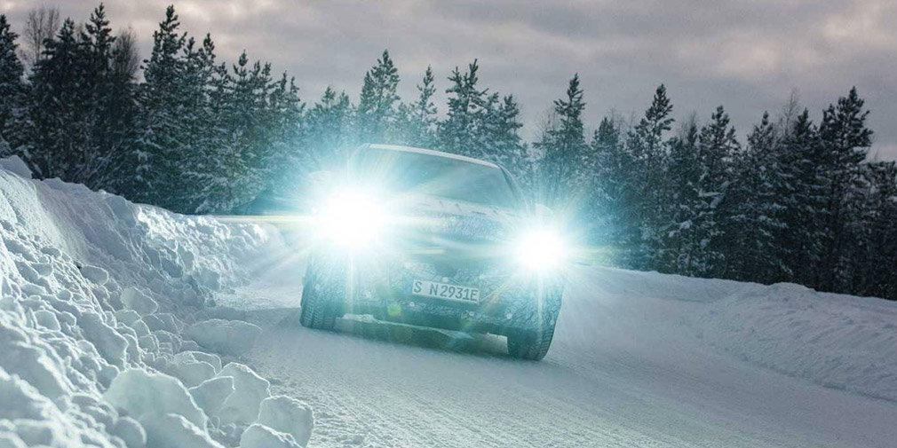 Серийный кроссовер Mercedes-Benz EQC: первые фотографии прототипа